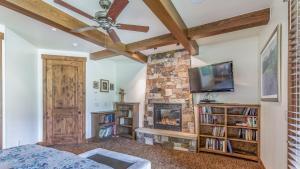 54 Turtle Lake House #135026, Prázdninové domy  Durango - big - 21