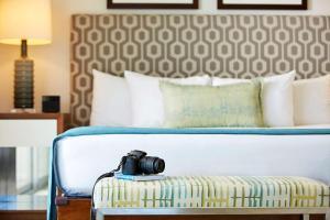 Ilikai Hotel & Luxury Suites (1 of 54)