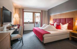 Waidringer Hof 4 Sterne Superior - Hotel - Waidring