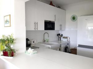 Apartment Prom. Georges Pompidou, Apartmanok  Marseille - big - 15