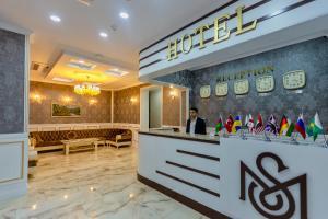 Mensen Hotel Baku