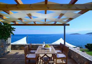 St. Nicolas Bay Resort Hotel & Villas (17 of 138)
