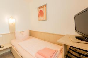 Hotel Restaurant Fallerhof, Hotely  Bad Krozingen - big - 24