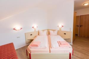Hotel Restaurant Fallerhof, Hotely  Bad Krozingen - big - 9