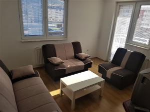 Nice APT+easy accesible - Apartment - Pale