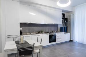 114 · Amazing flat fully furnished in P.ta Romana - AbcAlberghi.com