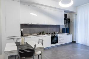 114 · Amazing flat fully furnished in P.ta Romana - AbcAlberghi.com