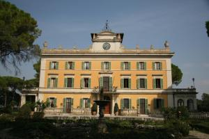 La Torre Di Pila - AbcAlberghi.com