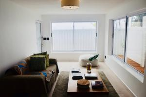 Modern Studio Apartment in Seapoint - Green Point