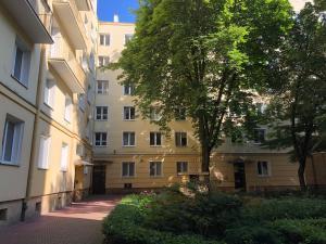 Flat Chmielna Street