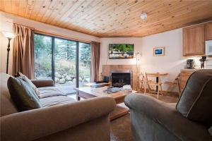 *REDUCED RATES* Community Pool, Hot Tub & Sauna, Close to Skiing & Snowboarding! - Steamboat