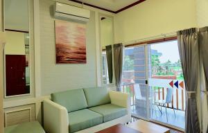 Infinity See Sun Resort - Ban Nong Bua