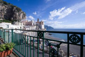 G&G- Amalfi coast - sea view - beach - AbcAlberghi.com