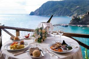 Hotel Porto Roca - AbcAlberghi.com