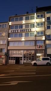 City Hotel.  Kuva 1