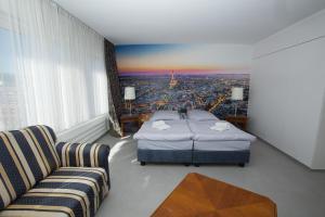 City Hotel.  Kuva 12