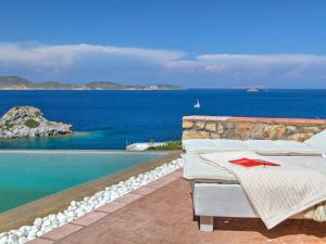 Eirini Luxury Hotel Villas, Виллы  Грикос - big - 34