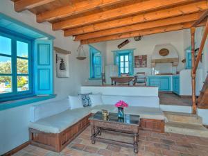Eirini Luxury Hotel Villas, Ville  Grikos - big - 17