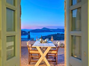 Eirini Luxury Hotel Villas, Ville  Grikos - big - 16