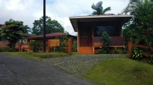 Hostels e Albergues - Cabina Las Orquideas