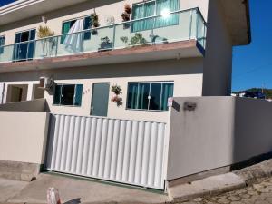 Casa de 2 quartos em Governador Celso Ramos - Governador Celso Ramos