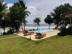 Hotel Playa Reina, Hotels  Llano de Mariato - big - 37