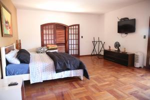 Casa em Águas de Lindóia, Дома для отпуска  Агуас-ди-Линдоя - big - 27