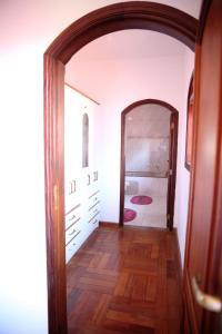 Casa em Águas de Lindóia, Дома для отпуска  Агуас-ди-Линдоя - big - 34