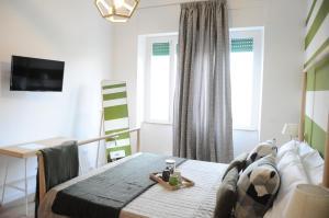 The Corner 180 Suite