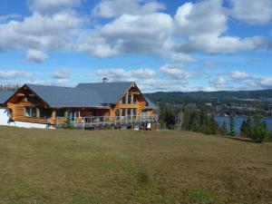 Little Black Bear Lodge/B&B - Accommodation - Bridge Lake
