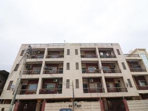 . OYO 19636 Home Home Premium 2BHK Near Aman Vihar
