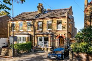 obrázek - Large 5 bedroom house in Central Windsor