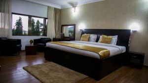 Lezsco Luxury Aparthotel