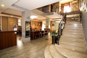 Hotel Salmer, Bed and breakfasts  Tbilisi City - big - 111