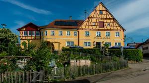 Brauerei und Gasthof zum goldenen Engel - Ellzee