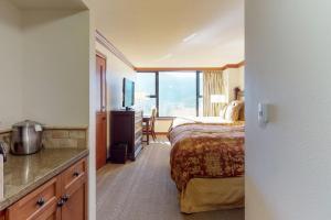 Resort at Squaw Creek 812