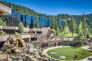 Resort at Squaw Creek 806