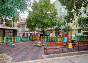 Apartment Dora, Appartamenti  Pomorie - big - 5