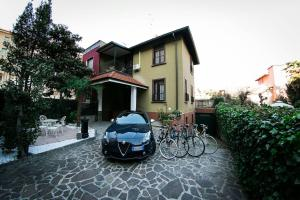 Villa in the heart of Milan - AbcAlberghi.com