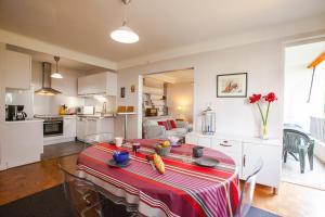 obrázek - Amazing two bedroom flat with balcony