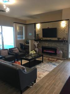 Bay Hill Inns & Suites, Fogadók  Neepawa - big - 13