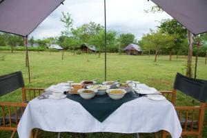 Mahoora Tented Safari Camp All-Inclusive - Udawalawe, Кемпинги  Удавалаве - big - 52