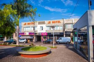 J2 Hotel - Piuí