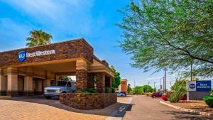 Best Western Plus Tucson Int'l Airport Hotel & Suites, Отели  Тусон - big - 1