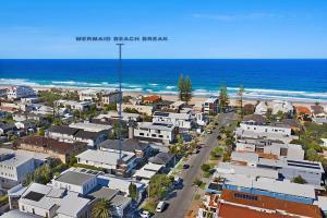 Mermaid Beach Break