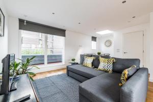 Stylish 3 Bedroom Flat with balcony Shoreditch - Shoreditch