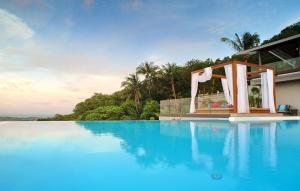 6 Bedroom Sea Blue View Villa - 5 Star with Staff