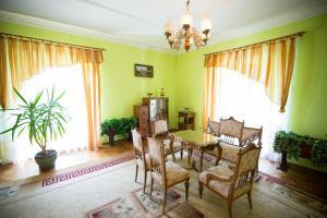 U Schabińskiej Pałac w Siarach