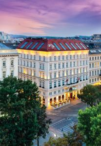 The Ring - Vienna's Casual Lux..