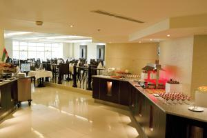 Carlton Tower Hotel, Hotely  Dubaj - big - 17